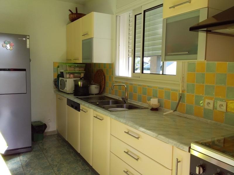 Sale house / villa Mont vert 274000€ - Picture 4