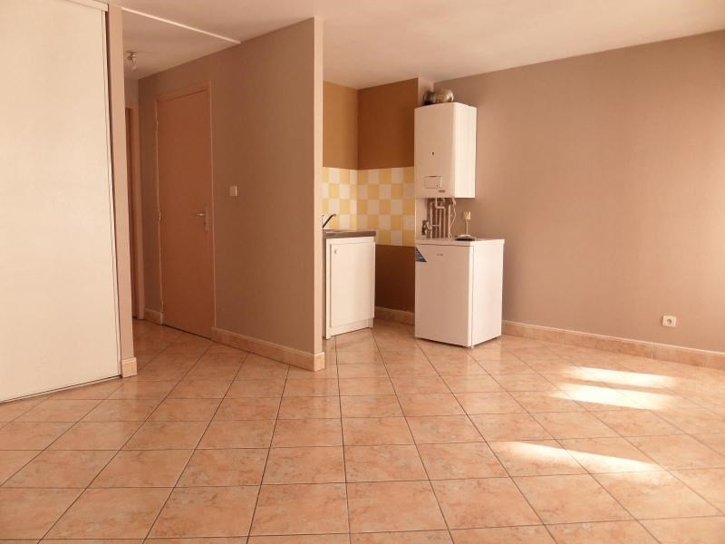Location appartement Dijon 550€ CC - Photo 2