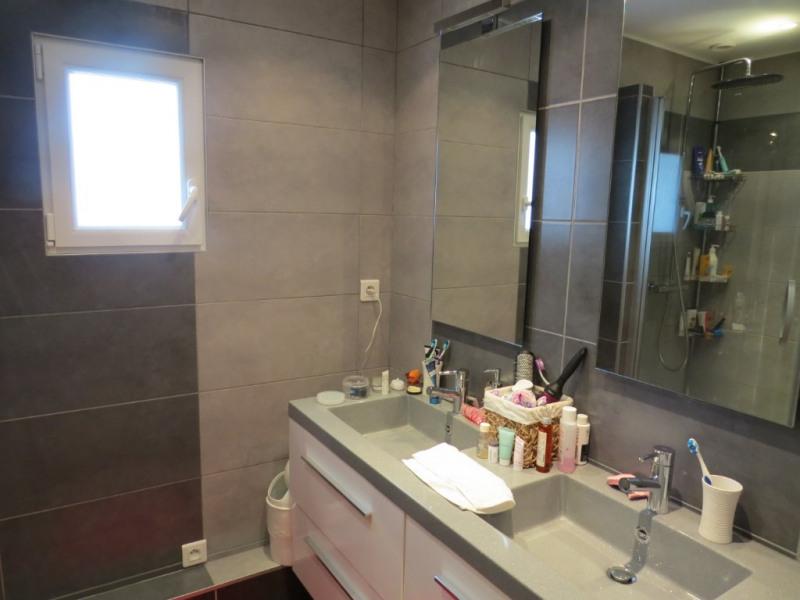 Sale house / villa Le mesnil le roi 884000€ - Picture 4
