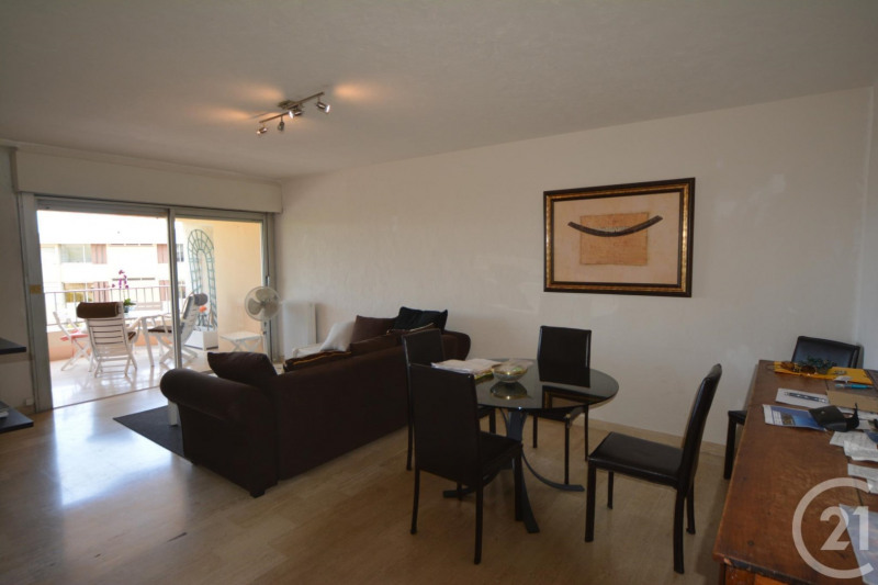 Sale apartment Antibes 244 000€ - Picture 3
