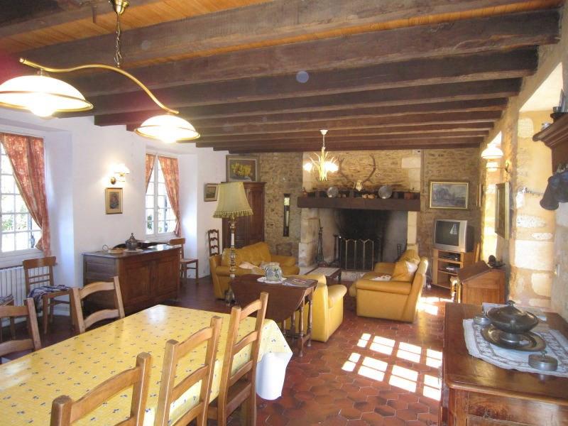 Deluxe sale house / villa Savignac-de-miremont 599000€ - Picture 3