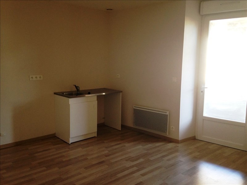 Location appartement Proche de st amans soult 333€ CC - Photo 2
