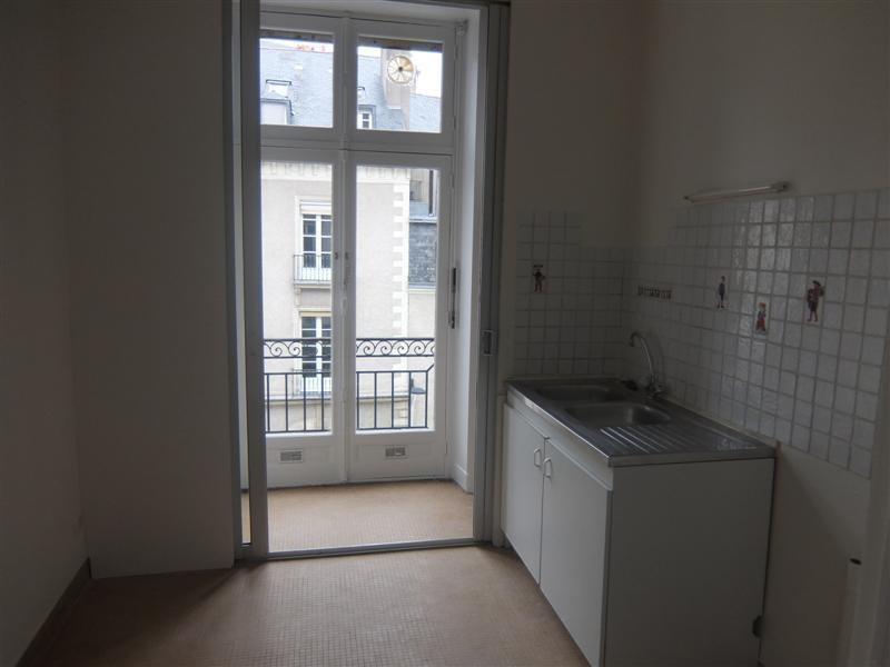 Location appartement Nantes 941€ CC - Photo 5