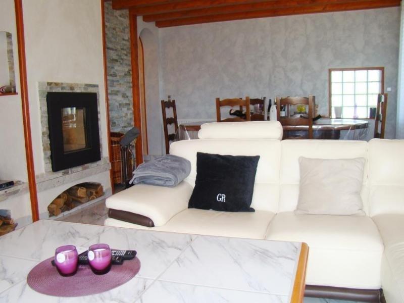 Sale house / villa St andre le gaz 239000€ - Picture 3