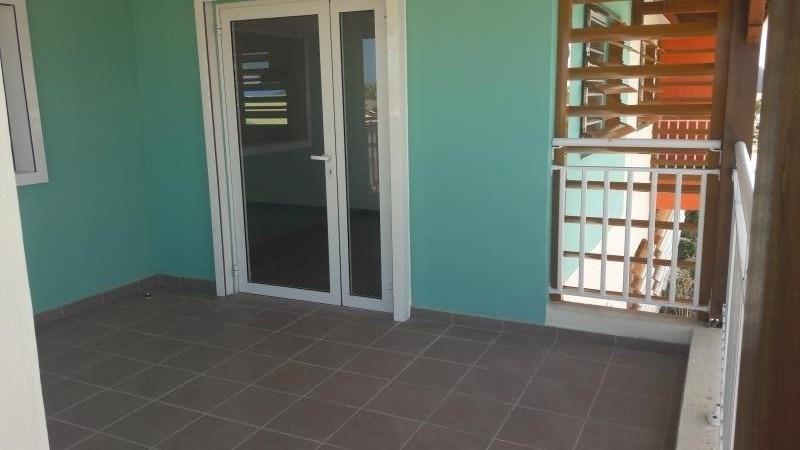 Location appartement Le moule 649€ CC - Photo 5