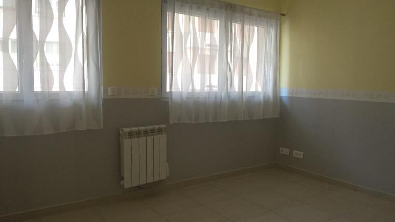 Locação apartamento Toulon 590€ CC - Fotografia 3