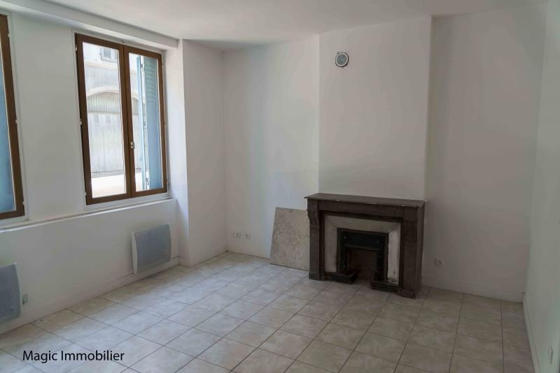 Rental apartment Nantua 220€ CC - Picture 3
