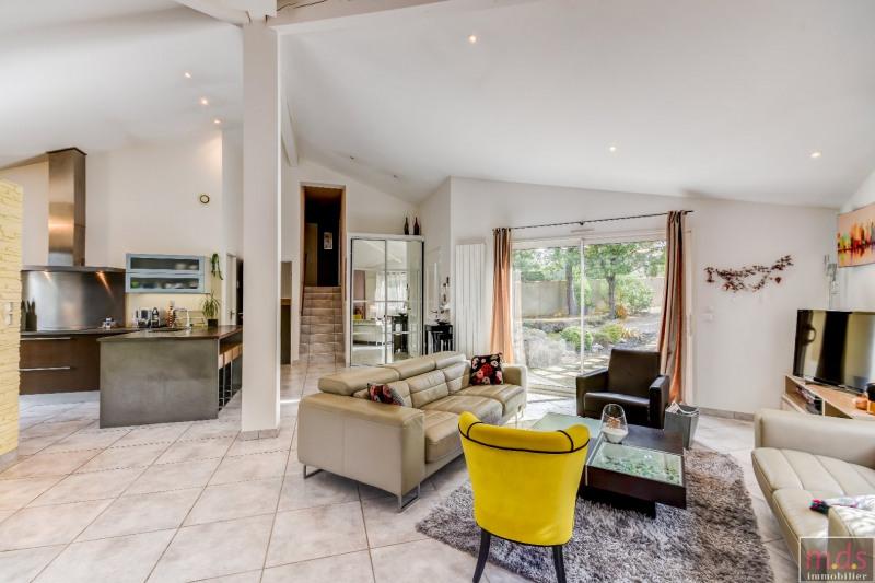 Deluxe sale house / villa Saint-jean 557000€ - Picture 5