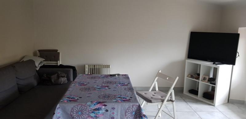 Rental apartment Peyrolles en provence 1300€ CC - Picture 2