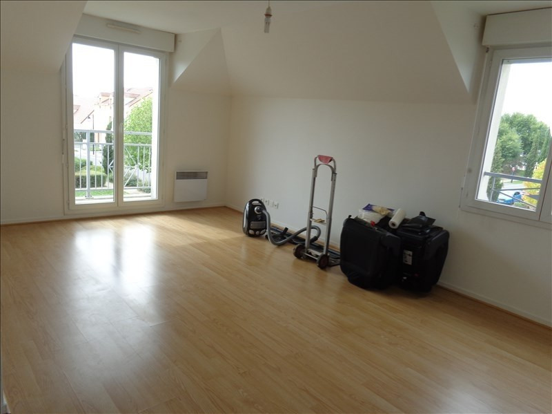 Location appartement Le plessis pate 725€ CC - Photo 1