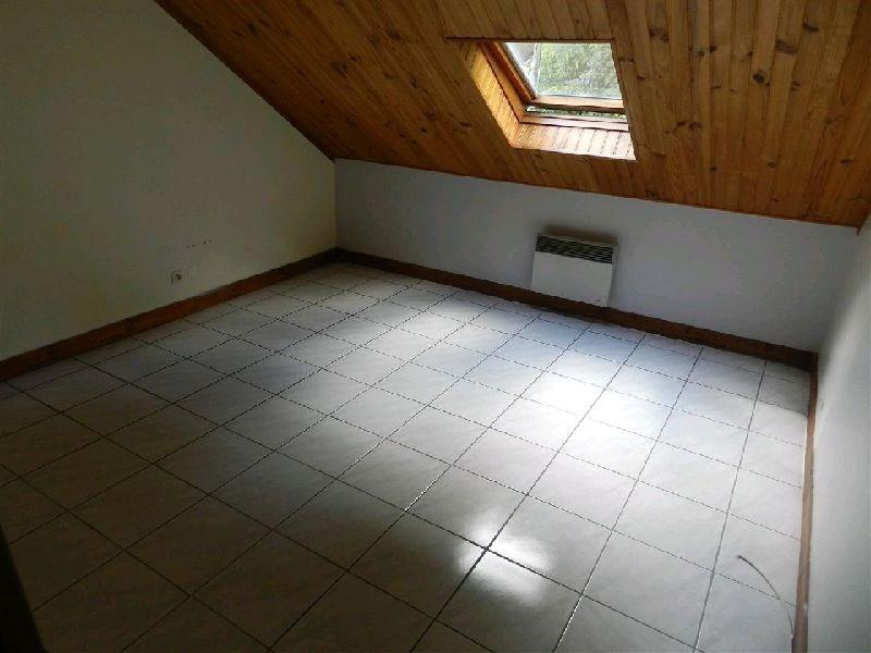 Locação apartamento La ville du bois 725€ CC - Fotografia 4