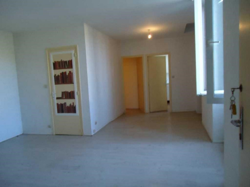 Location appartement Realmont 370€ CC - Photo 1