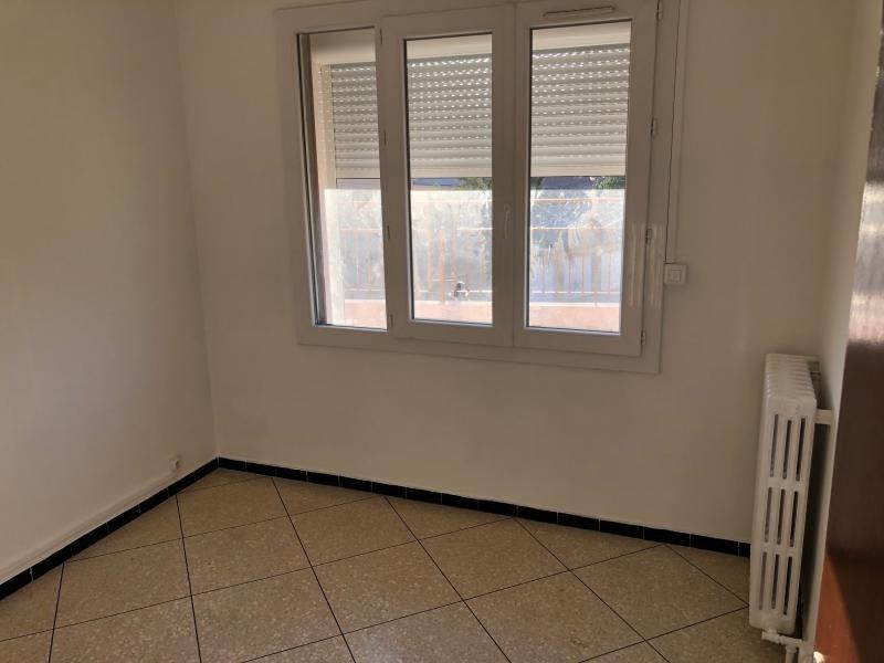 Rental apartment La seyne sur mer 700€ CC - Picture 6