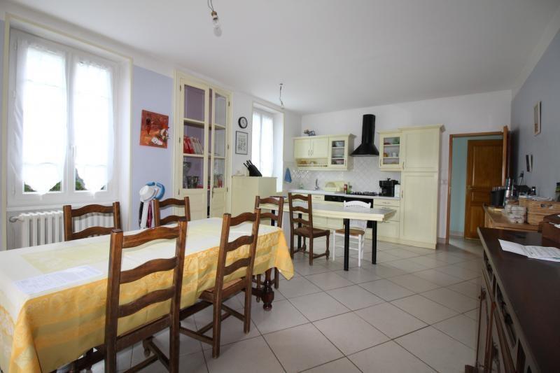 Vente maison / villa St genix sur guiers 272000€ - Photo 10