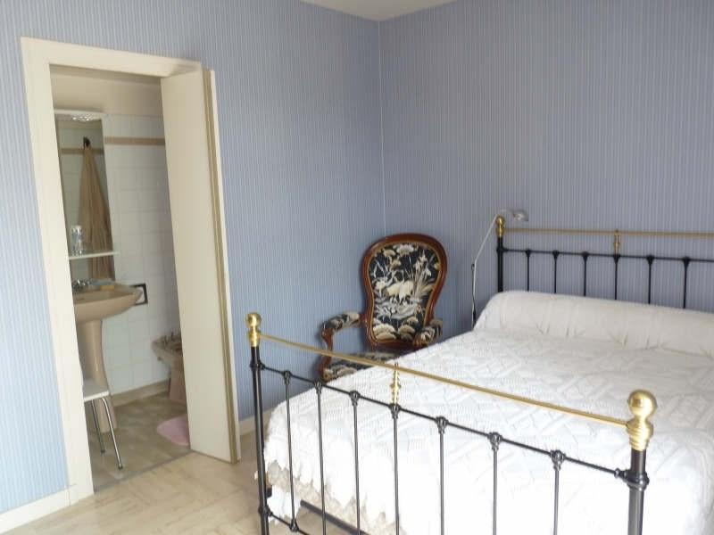 Sale house / villa Bon encontre 298000€ - Picture 6