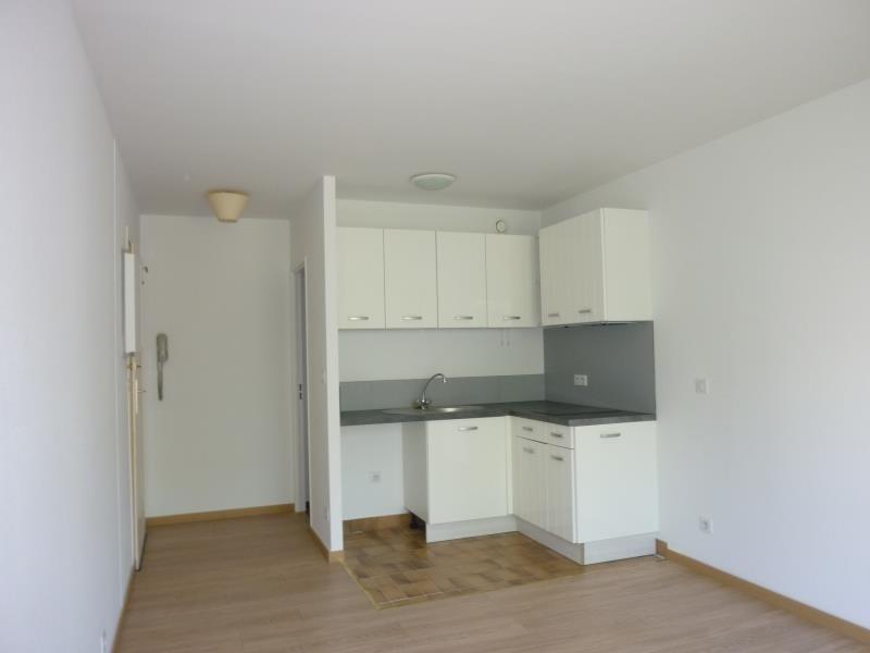 Rental apartment Nogent sur marne 876€ CC - Picture 3