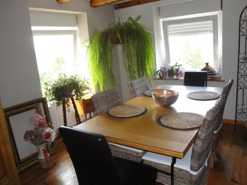 Sale house / villa Montbouton 184000€ - Picture 1