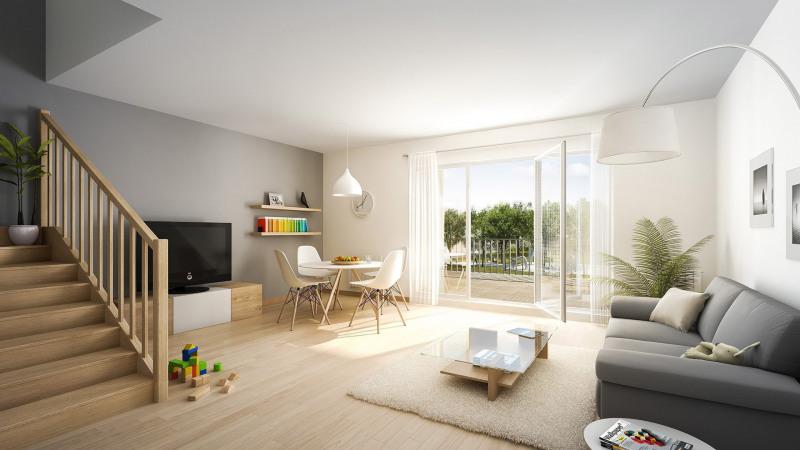 Sale house / villa L'isle-adam 553500€ - Picture 1