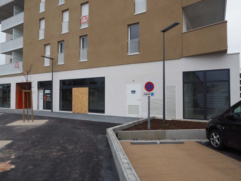 Location local commercial Caen 1350€ HT/HC - Photo 3