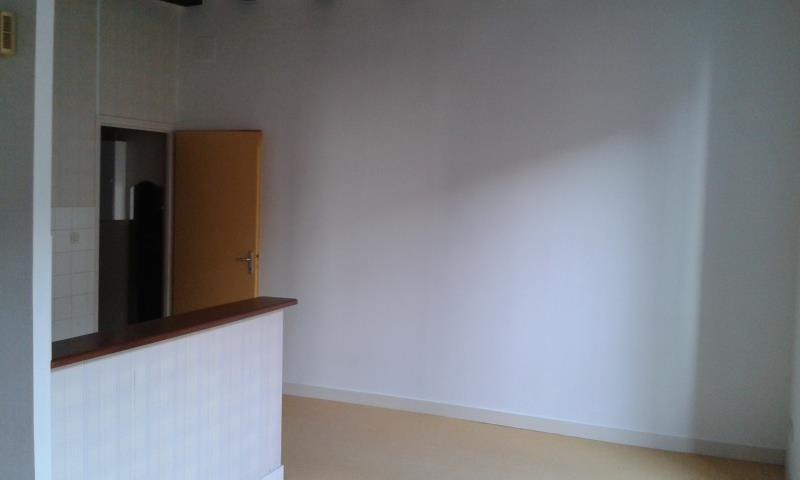 Location appartement Niort 340€ CC - Photo 4