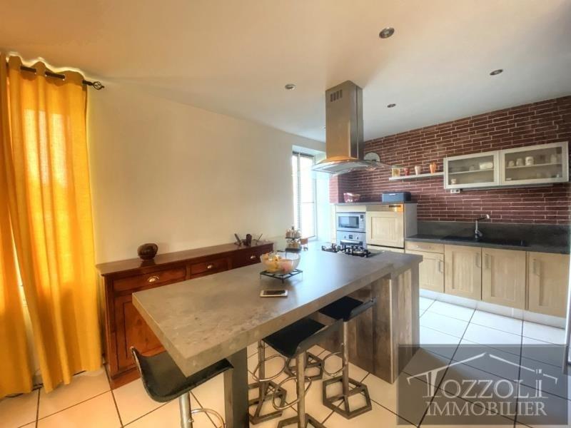 Sale house / villa St quentin fallavier 320000€ - Picture 2