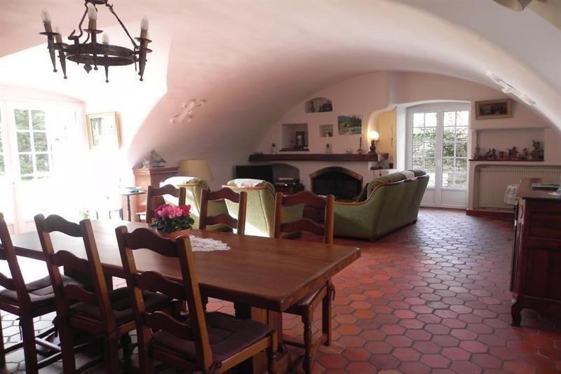 Sale house / villa Vert 690000€ - Picture 3