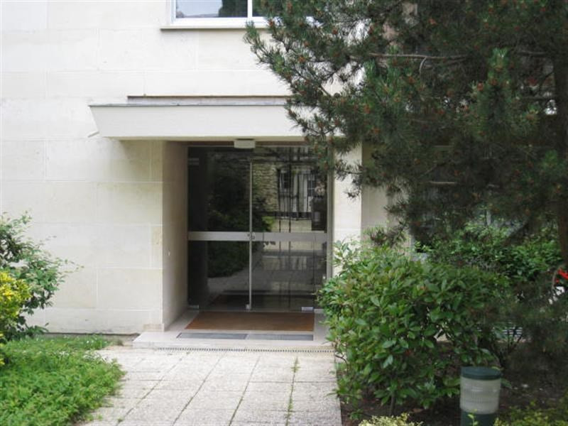 Rental apartment Louveciennes 720€ CC - Picture 1