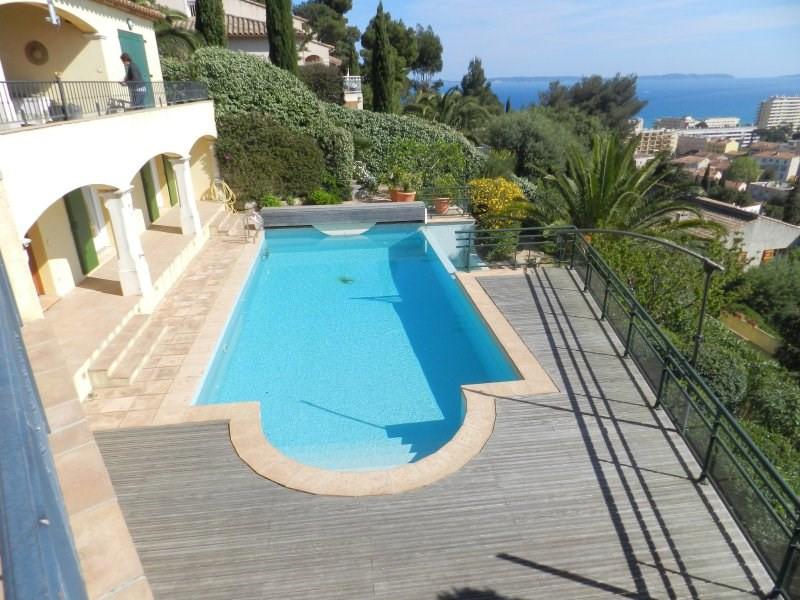 Le lavandou villa for sale on the hilla with swimming pool