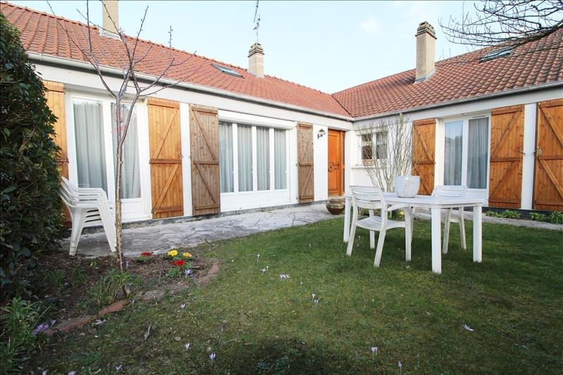 Vente maison / villa Maurepas 303000€ - Photo 1