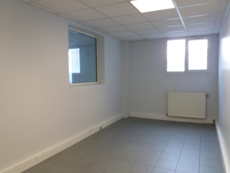 Sale empty room/storage Grenoble 1 045 000€ - Picture 2