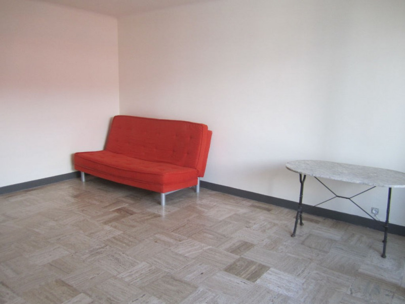 Location appartement Cagnes sur mer 615€ CC - Photo 2