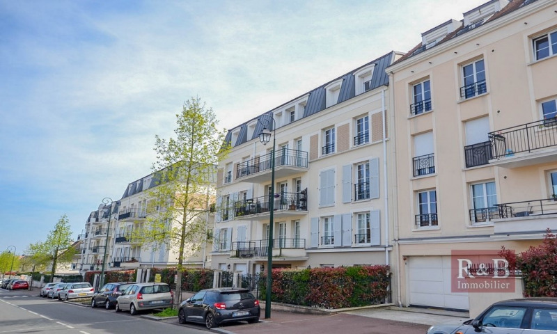 Investment property apartment Les clayes sous bois 241500€ - Picture 1
