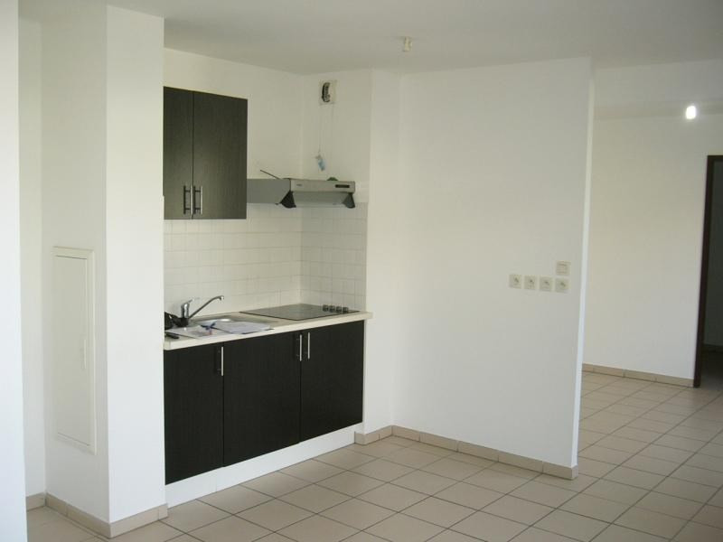 Sale apartment St denis 124 200€ - Picture 2