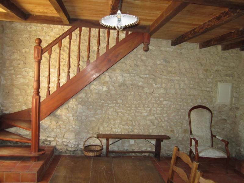 Rental house / villa Baignes-sainte-radegonde 450€ CC - Picture 3