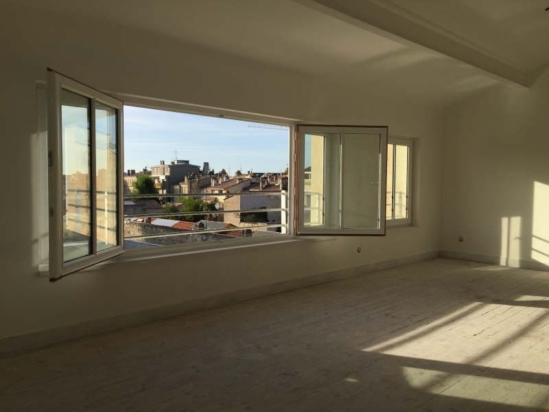 Deluxe sale apartment Bordeaux 850 000€ - Picture 1