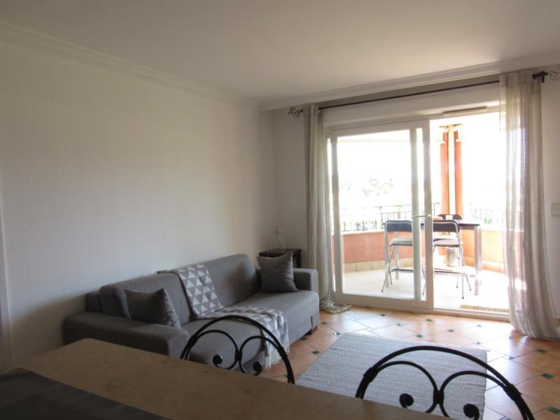Rental apartment Cavalaire sur mer 1053€ CC - Picture 2