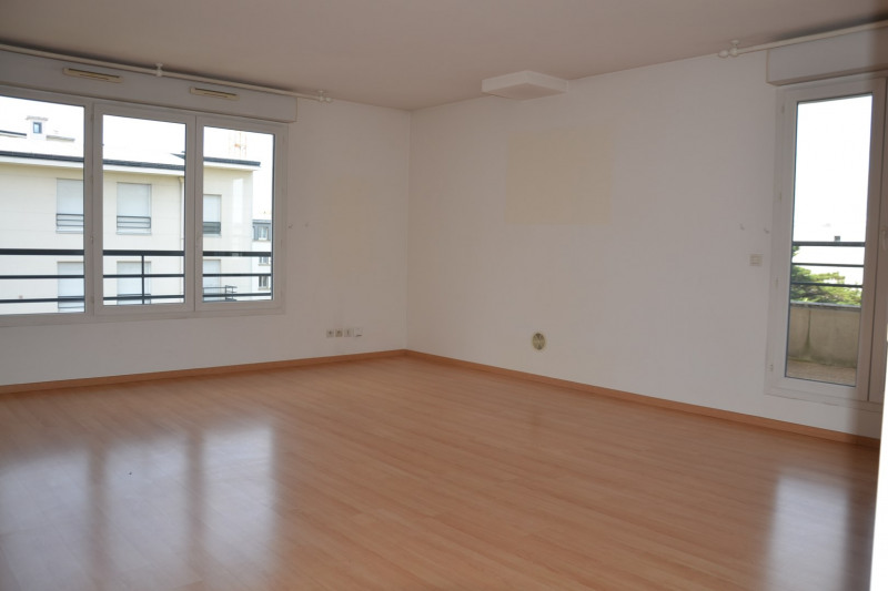 Sale apartment Colombes 820 000€ - Picture 3