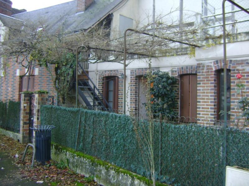 Sale house / villa Chateau renault 137000€ - Picture 1