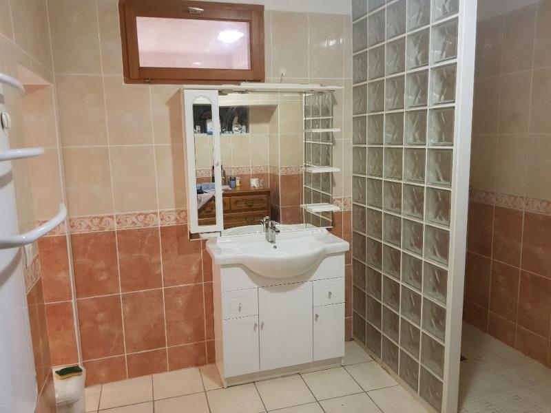 Sale house / villa Vauvert 249000€ - Picture 10