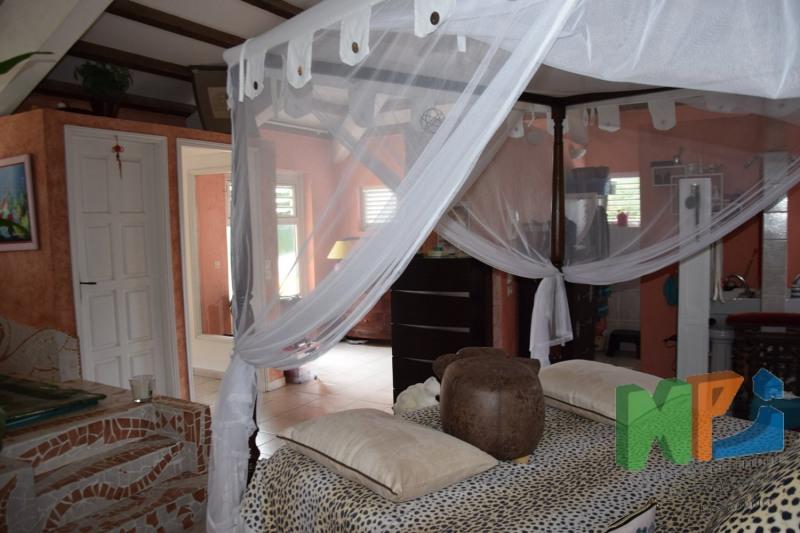Vente de prestige maison / villa Fort de france 599000€ - Photo 10