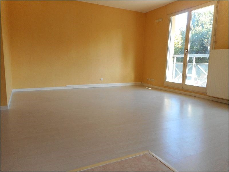 Location appartement Savigny sur orge 593€ CC - Photo 4