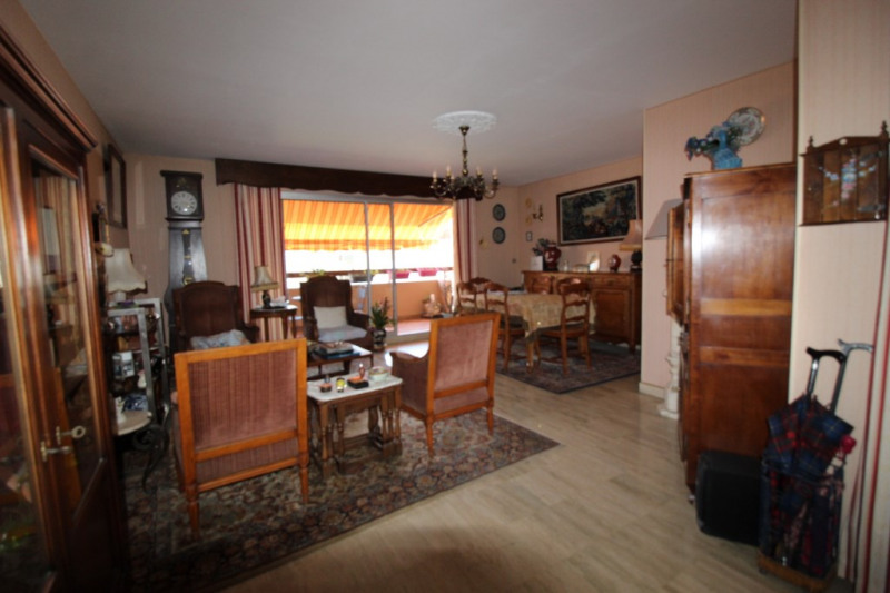 Vente appartement Hyeres 318 000€ - Photo 2
