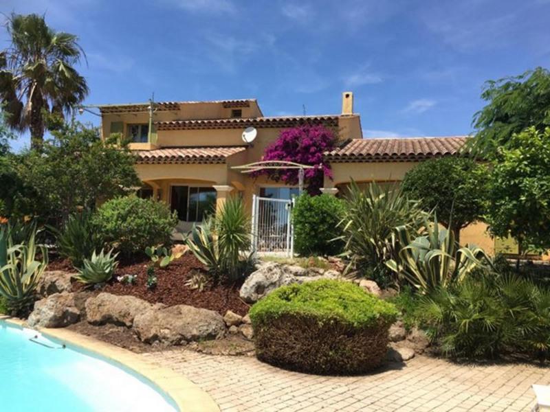 Deluxe sale house / villa Sainte-maxime 980000€ - Picture 1