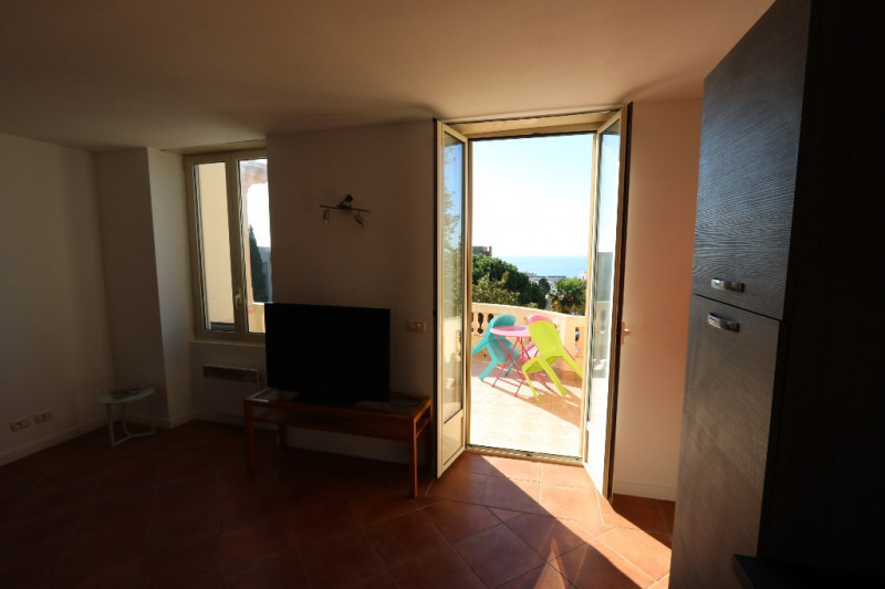 Sale apartment Nice 242000€ - Picture 2