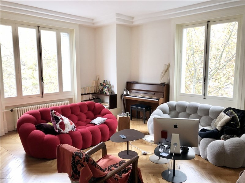 Rental apartment Lyon 3ème 3188€ CC - Picture 2