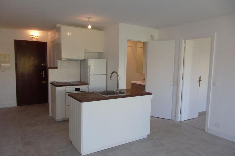 Sale apartment Cannes 107000€ - Picture 1