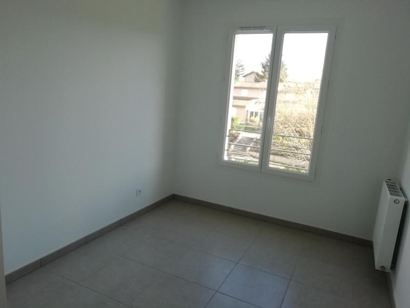 Rental apartment Jassans riottier 730€ CC - Picture 3