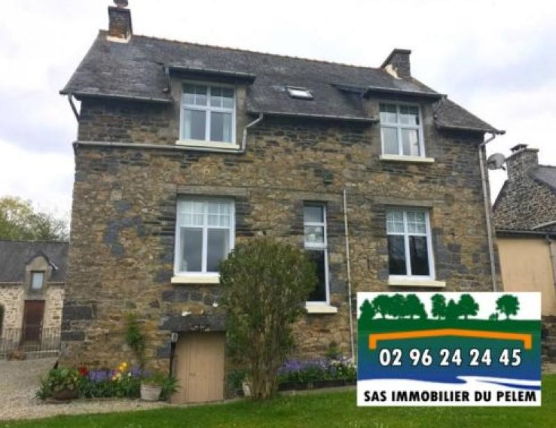 Sale house / villa Plelauff 84800€ - Picture 1