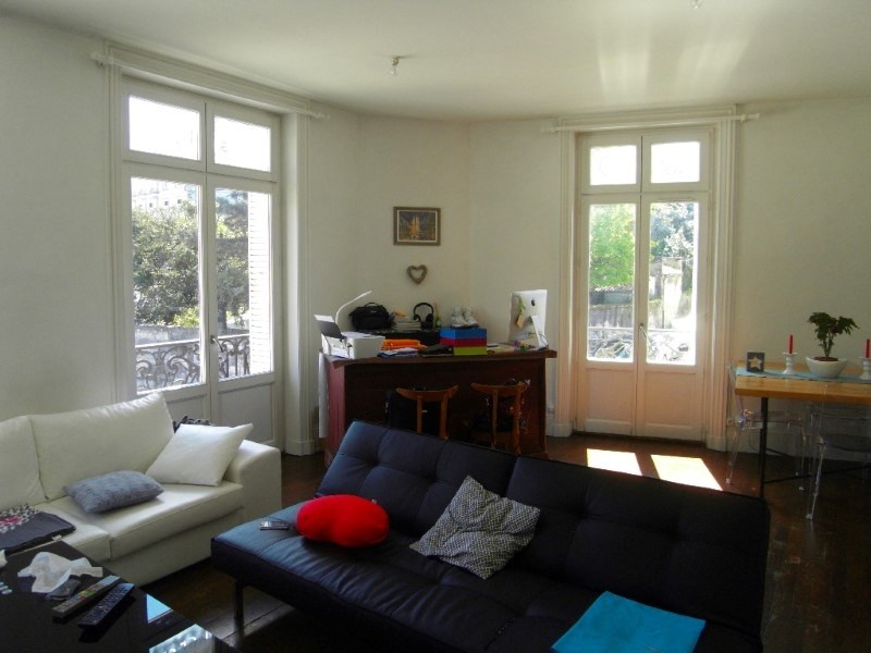Rental apartment Cognac 607€ CC - Picture 1
