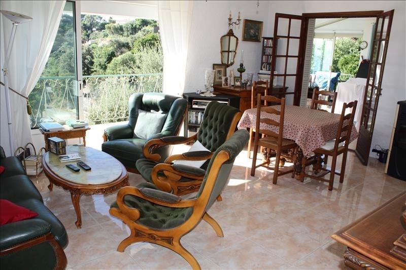 Deluxe sale house / villa Les issambres 649000€ - Picture 4